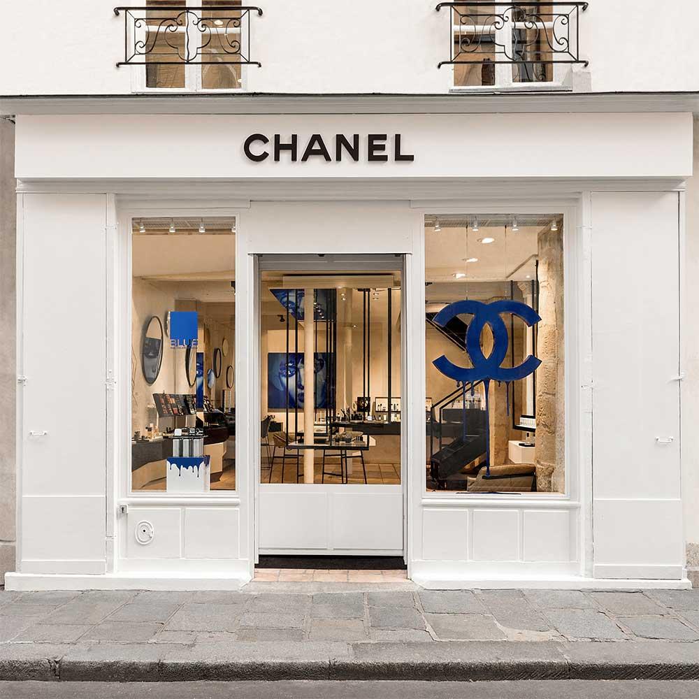 9e7d1cf4be6 Chanel Store La