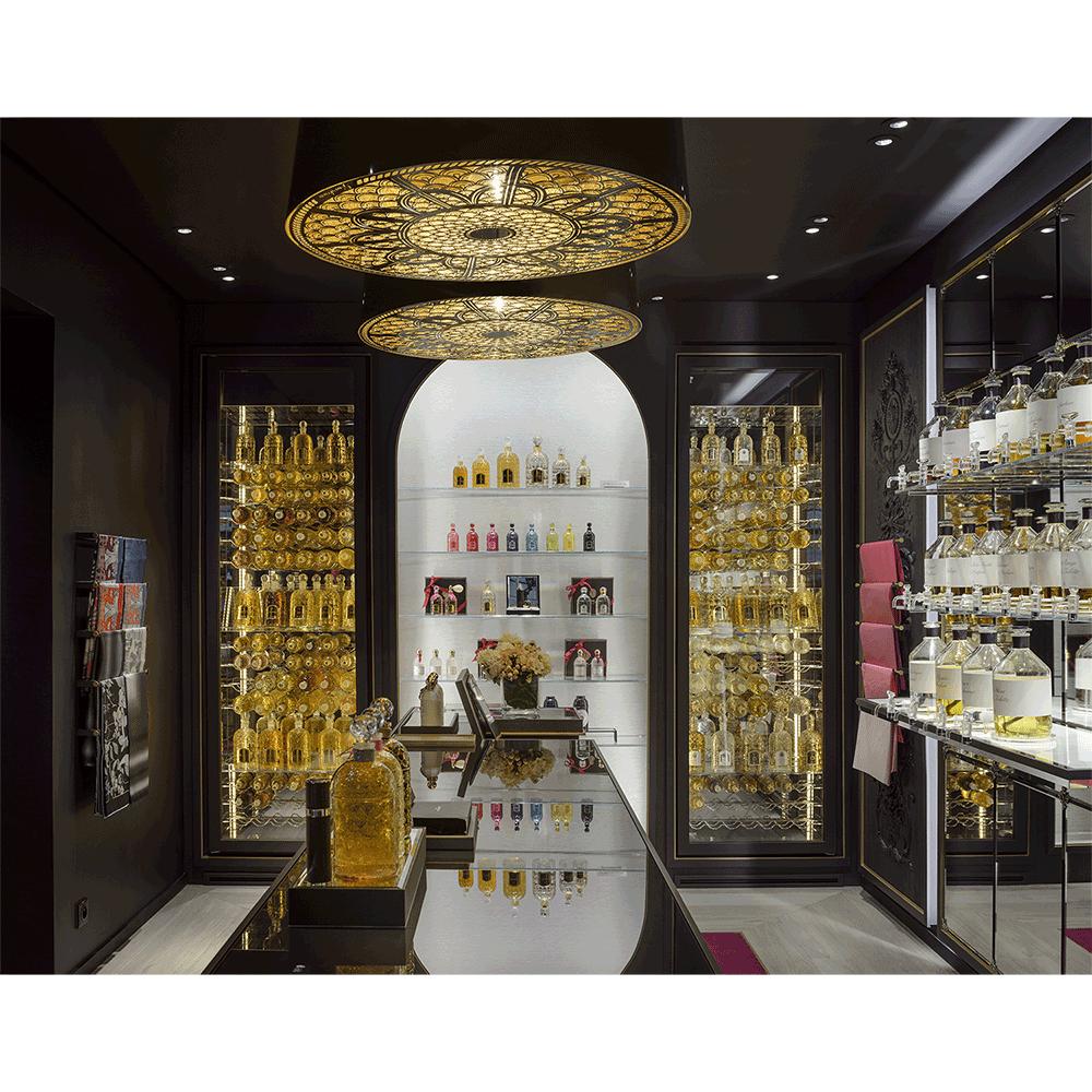 nouvelle boutique guerlain une adresse parisienne 100 parfum auparfum. Black Bedroom Furniture Sets. Home Design Ideas